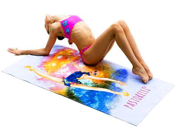 Пляжное полотенце Pastorelli Гимнастка с Мячом цвет Сиреневый